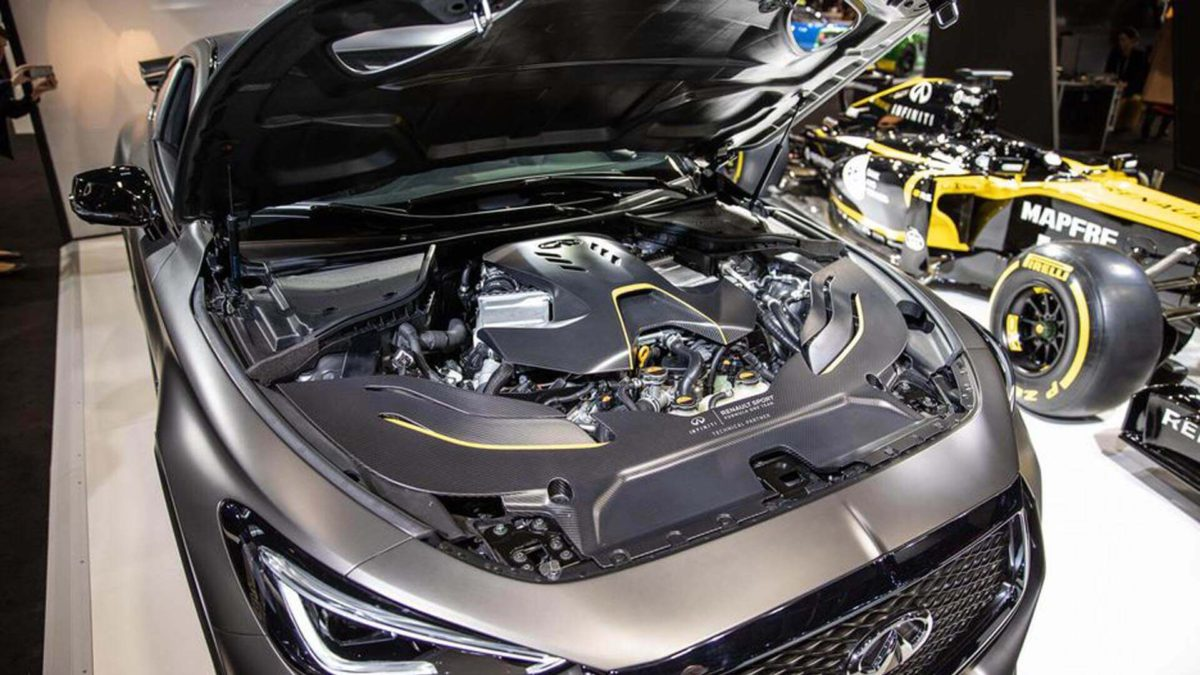 Подкапотное пространство автомобиля  Infiniti Project Black S