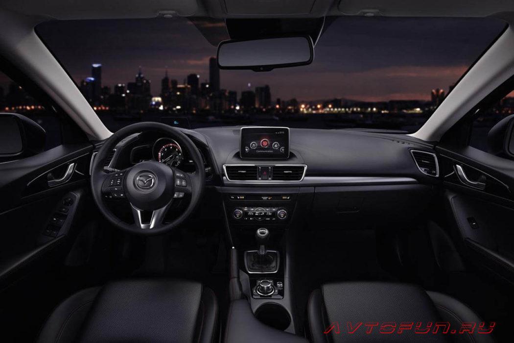 Mazda 3 2019 в новом кузове - интерьер Mazda 3 2019