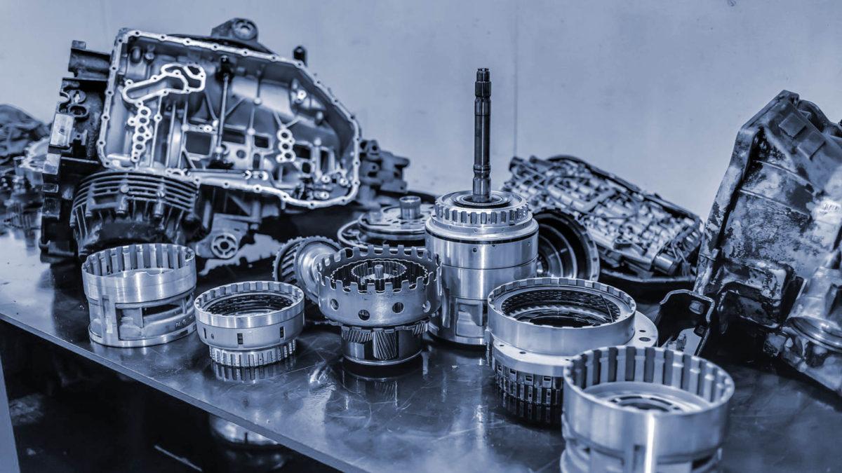Внутренние механизмы АКПП при разборке агрегата