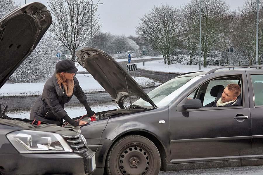 запуск автомобиля. прикуривание от донора