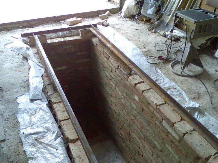 как выглядит смотровая яма для гаража