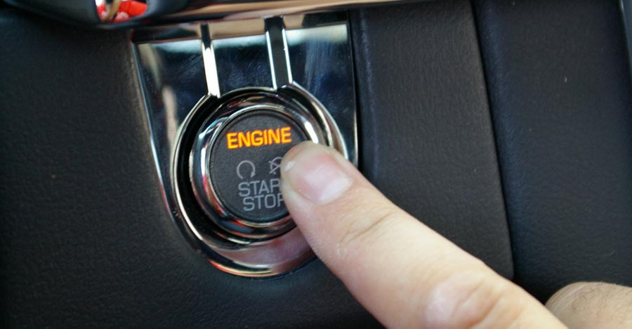 Глушите двигатель при стоянке более 20 секунд для экономии топлива автомобиля