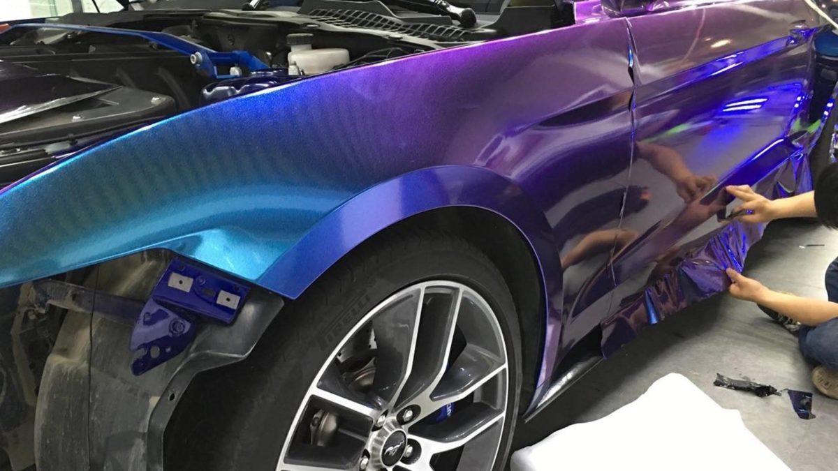 Поклейка виниловой пленки на кузов BMW самостоятельно
