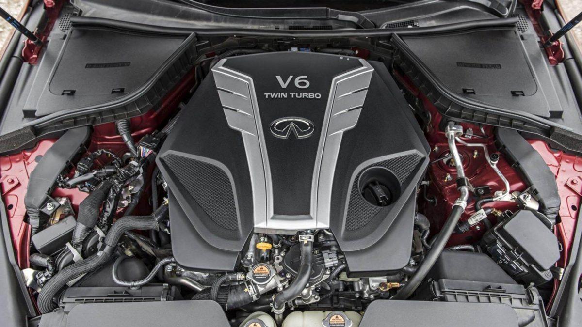 Двигатель автомобиля Infiniti Q50. Infiniti Q50 подкапотное пространство
