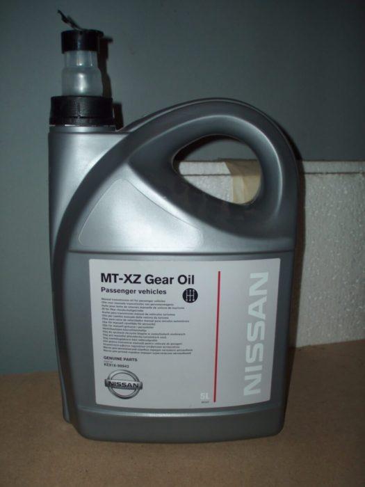 Процесс замены масла в коробке Nissan Almera N16
