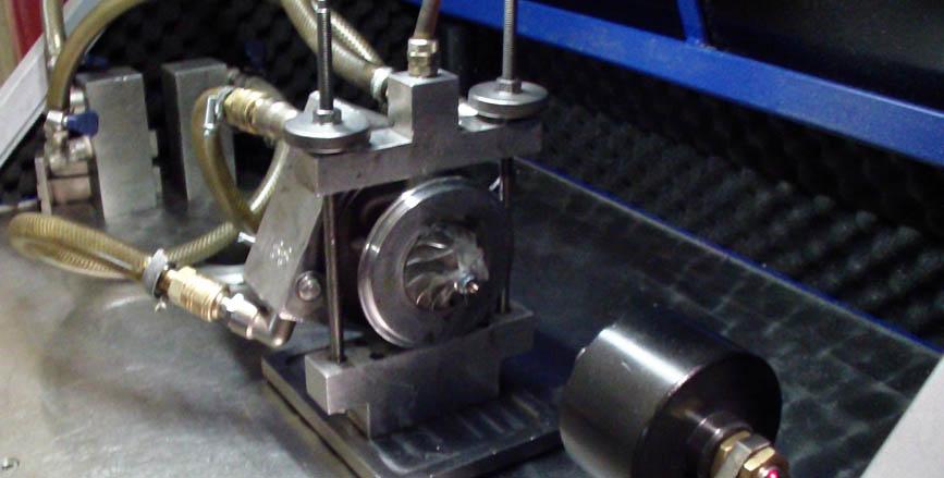 станок ЧПУ для проточки крыльчаток для ремонта турбин дизельных двигателей