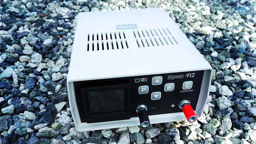 зарядное устройство для правильной зарядки аккумулятора автомобиля зарядным устройством